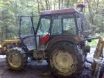 Lesní traktor ukt7245