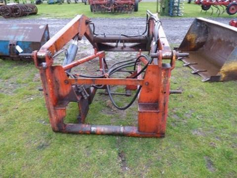 na Zetor - Prodám Čelní nakladač na traktor viz foto, zetor ...