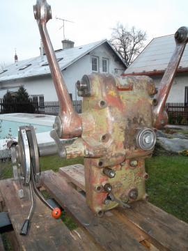 Zetor 3011 - Prodám SILOVOU hydrauliku na Zetor 3011 (pasuje i na ...