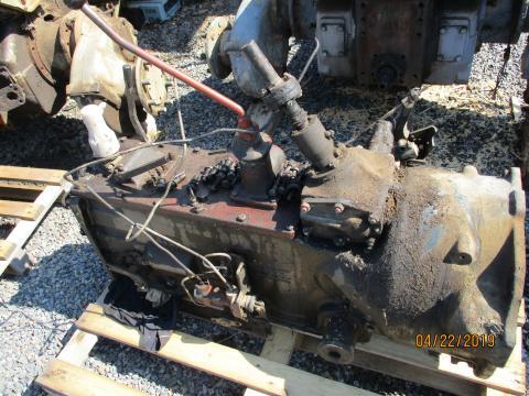 Traktor Zetor 7211 Po Dilech Traktor Zetor 6211 6245 7011 7211